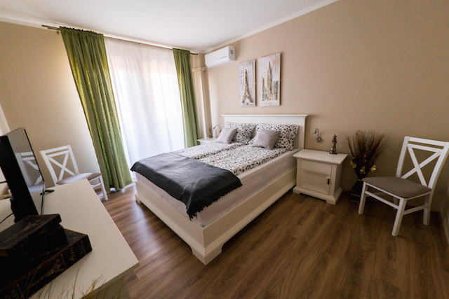 Master Bedroom The Cluj Horizon for rent