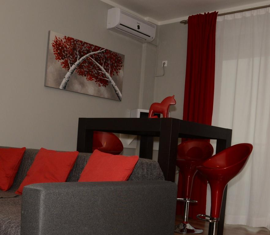Aparthotel serviced apartments Cluj red hotel center to rent