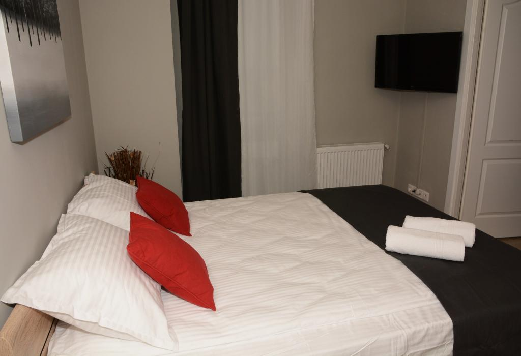 Booking.com, booking.ro, cluj residence apartemente hotel cazare zii